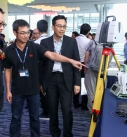 Representative from Leica Geosystems introduced latest technology to Frankie.